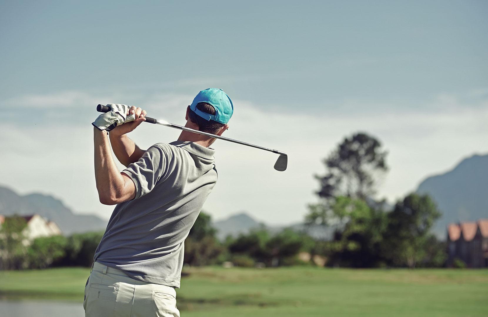 Alpine Golf Player