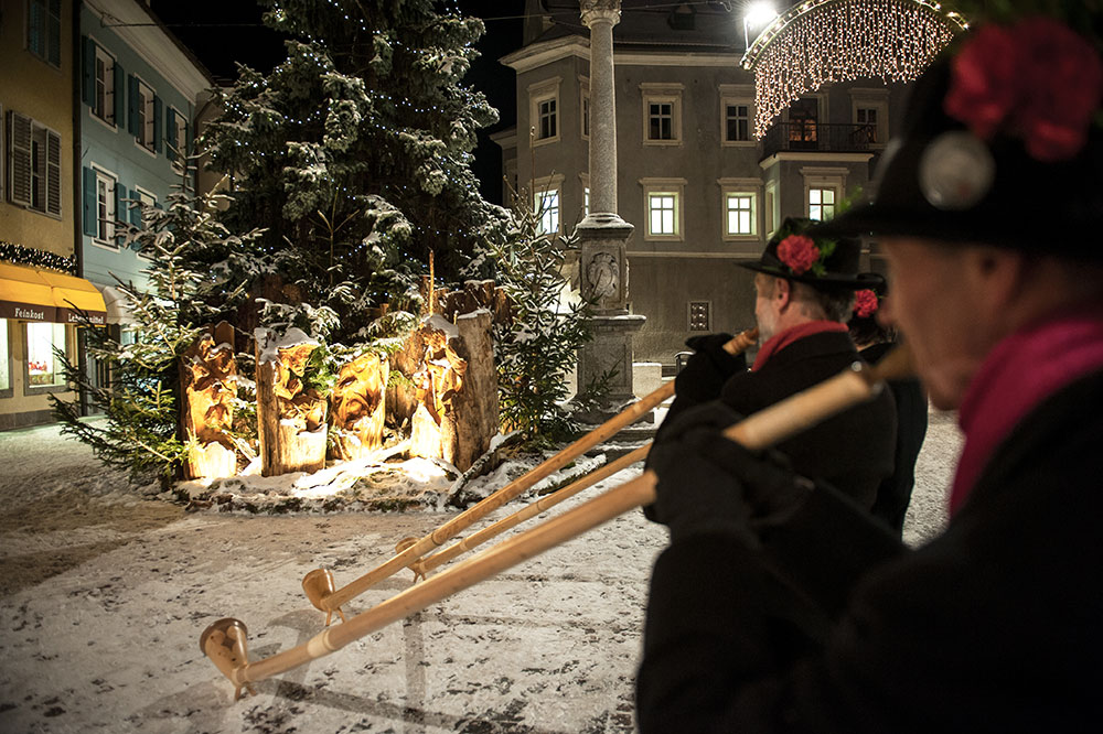 weihnachtsmarkt-bruneck